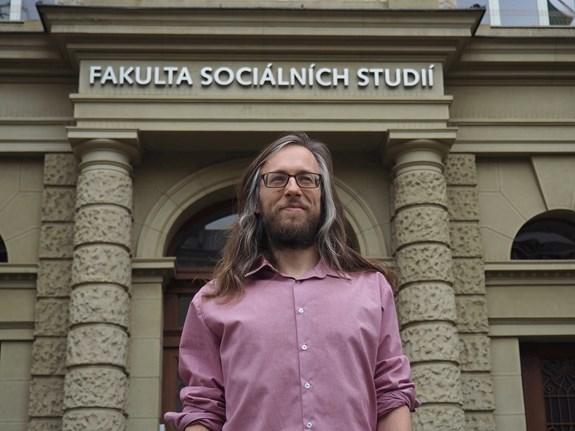 Jan Šerek se rovnocenně považuje za pedagoga i výzkumníka. Foto: Radka Rybnikárová