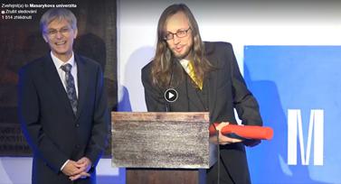 Video k předávání Ceny rektora pro vynikající pedagogy. Zdroj: Facebookový profil Masarykovy univerzity