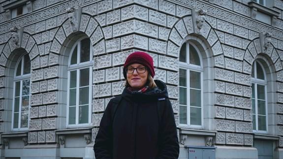 Čejková se vakademickém prostředí cítí jako doma a zvažuje i pokračovaní vdoktorandském studiu na katedře žurnalistiky. Foto: Miloslava Némová