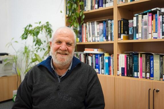 Izraelský profesor Sheizaf Rafaeli tento semestr vedl na fakultě sociálních studií kurz Digital Culture/Clutter. Autor: Denisa Marynčáková