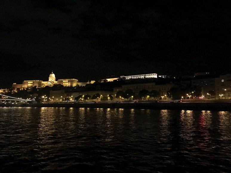 Budínský hrad v noci. Foto: archiv autorky