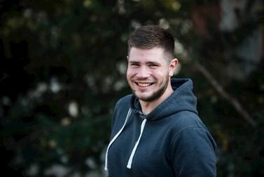 Jakub Doubek studuje kromě žurnalistiky taky ruský jazyk a literaturu. Foto: Tomáš Hrivňák
