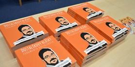 Recenze knihy Dostalíkovy hlášky: Fragmenta Dostalíkova