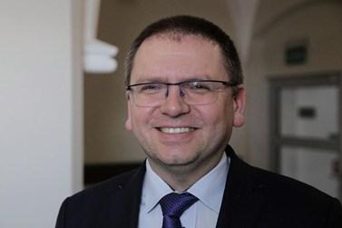 Předseda Okresního soudu v Olštýně Maciej Nawacki.