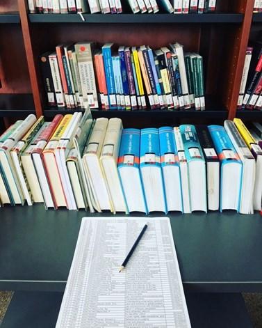 Za poslední dva roky vzrostlo na fakultě sociálních studií množství aplikovaných forem výzkumu i experimentálních metod. Zdroj: knihovna fakulty sociálních studií