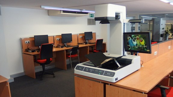 Book scanner in the library