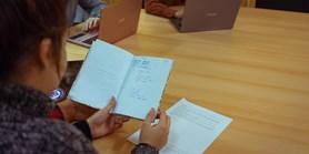 Zavřená univerzita: studenti bojují s disciplínou, vyučující s e-learningem