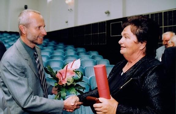 "<em>Zdroj <a href=""https://www.muni.cz/o-univerzite/vyznamenani/213"">www.muni.cz</a></em>"