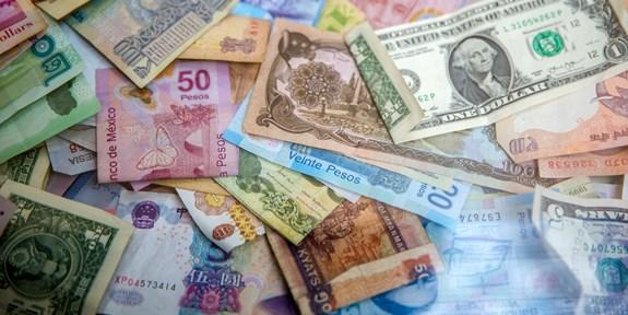 Hospodářská politika a mezinárodní vztahy