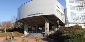 Vstup do budovy fakulty od 27. 4. 2020
