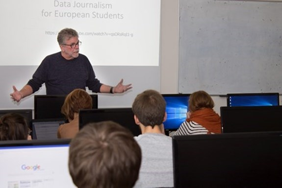 Ocenění HR Award má mimo jiné na FSS přilákat akademické kapacity z celého světa. Foto: Jana Sosnová
