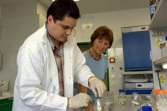 Laboratoř molekulární diagnostiky mikroorganismů