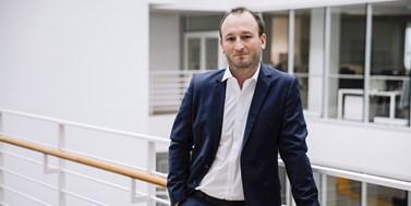 Podcasty21 s Radkem Buršíkem: K úspěchu u nás nestačí být jen dobrý právník