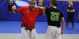 Izraelští experti na bojová umění trénovali studenty na Summer School of Combatives