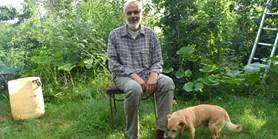 Ekolog tělem i duší: Mojmír Vlašín píše ekologické divadelní hry a má permakulturní zahradu