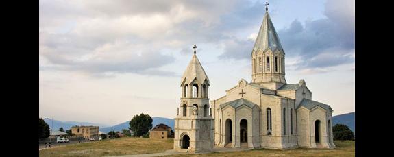 Katedrála Krista spasitele v Šuši, Náhorní Karabach. Foto: Vladimer Shioshvili, Wikimedia Commons, CC BY-SA 2.0