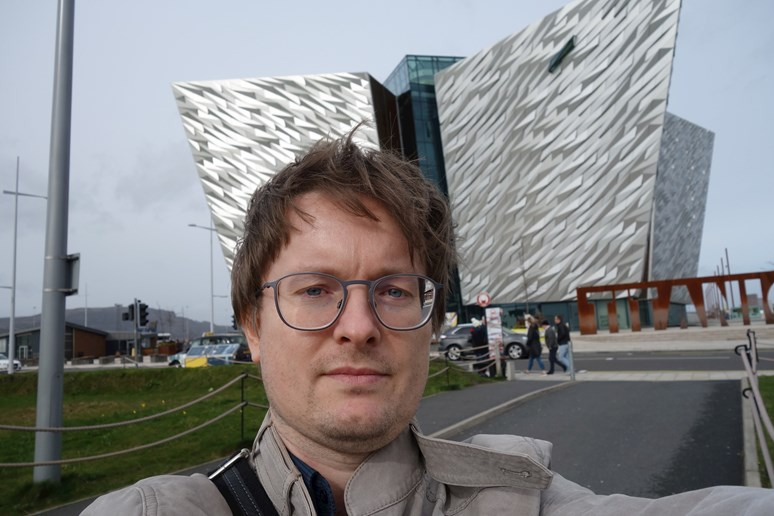 Své mezinárodní zkušenosti si Dufek rozšířil například na učitelském Erasmu v Belfastu. Foto: archiv Pavla Dufka