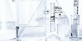 Program vývoje nových onkologických léčiv na základě know-how z MUNI pokračuje s globální farmaceutickou společností