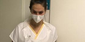 Lektorka češtiny pro cizince vypomáhá mezi výukou v nemocnici