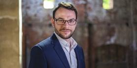 Podcasty21 s Johnem A. Azem Gealfowem: Nemáme představu o právním vědomí obyvatel. Chci to změnit