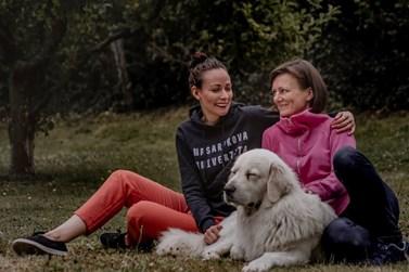 Adéla Kubíčková s maminkou. Foto: archiv Adély Kubíčkové