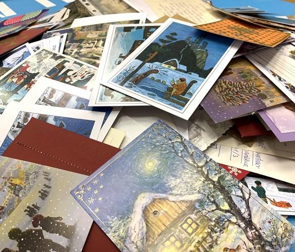 Z fakulty míří k seniorům neuvěřitelných 721 pohlednic!