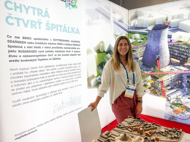 Ostrenko se mimo jiné podílí i na organizaci veletrhu Urbis, kde v roce 2020 prezentovala projekt chytré čtvrti Špitálka. Foto: archiv Yuliyi Ostrenko