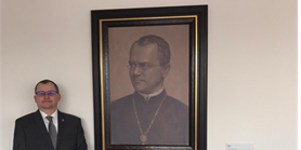 Fakultu ozdobil portrét G. J. Mendela