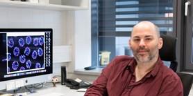 Dr. Nicola Silva ajeho úspěchy