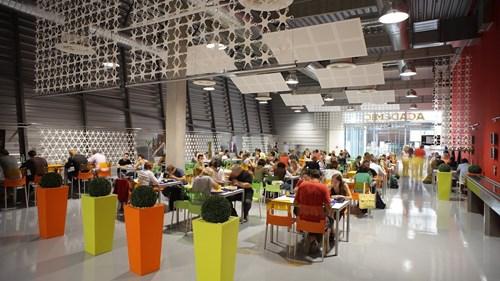 Academic restaurant - mezna AR jídelna