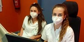 Studentka pomáhala v nemocnici, za její pomoc poděkoval ředitel i fakultě