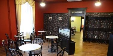 Academic club Moravské náměstí (Moravian Square)