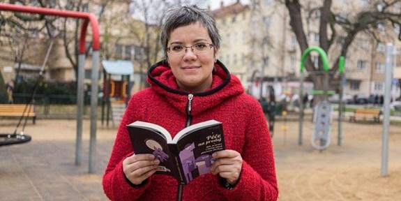 Sociální antropoložka Adéla Souralová nastoupila na pozici proděkanky pro studium na podzim 2019. Hned první rok ve funkci se musela vypořádávat spandemií koronaviru, která zasáhla všechny studijní záležitosti. Foto: archiv Adély Souralové