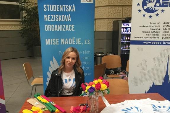 Zuzana Vrbecká je už třetím rokem součástí marketingového týmu neziskové organizace Mise naděje. Foto: archiv Zuzany Vrbecké