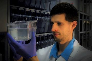 Mgr. Jakub Harnoš, Ph. D. z Oddělení fyziologie a imunologie živočichů