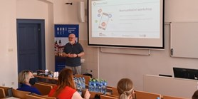 Dvě přednášky omédiích akomunikaci projektu Spolu vTelči vrátily do Telče živou výuku