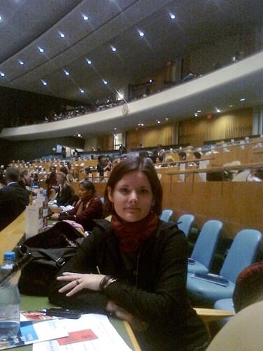Ještě před dokončením studia sociologie na fakultě sociálních studií se Špondrové podařilo dostat do OSN, kde zastupovala Evropskou unii v otázkách genderové rovnosti. Foto: archiv Pavly Špondrové