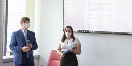 Vedení LF MU předalo mimořádné ocenění ČLS JEP
