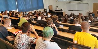 Czech television news: Teaching at universities has begun
