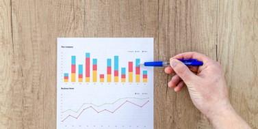 Grafy a vizualizace dat pro knihovníky