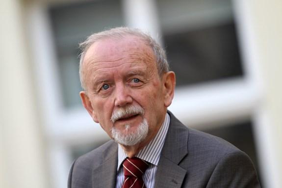 Profesor Ivo Možný byl prvním děkanem fakulty sociálních studií založené v roce 1998. Foto: Jiří Salik Sláma