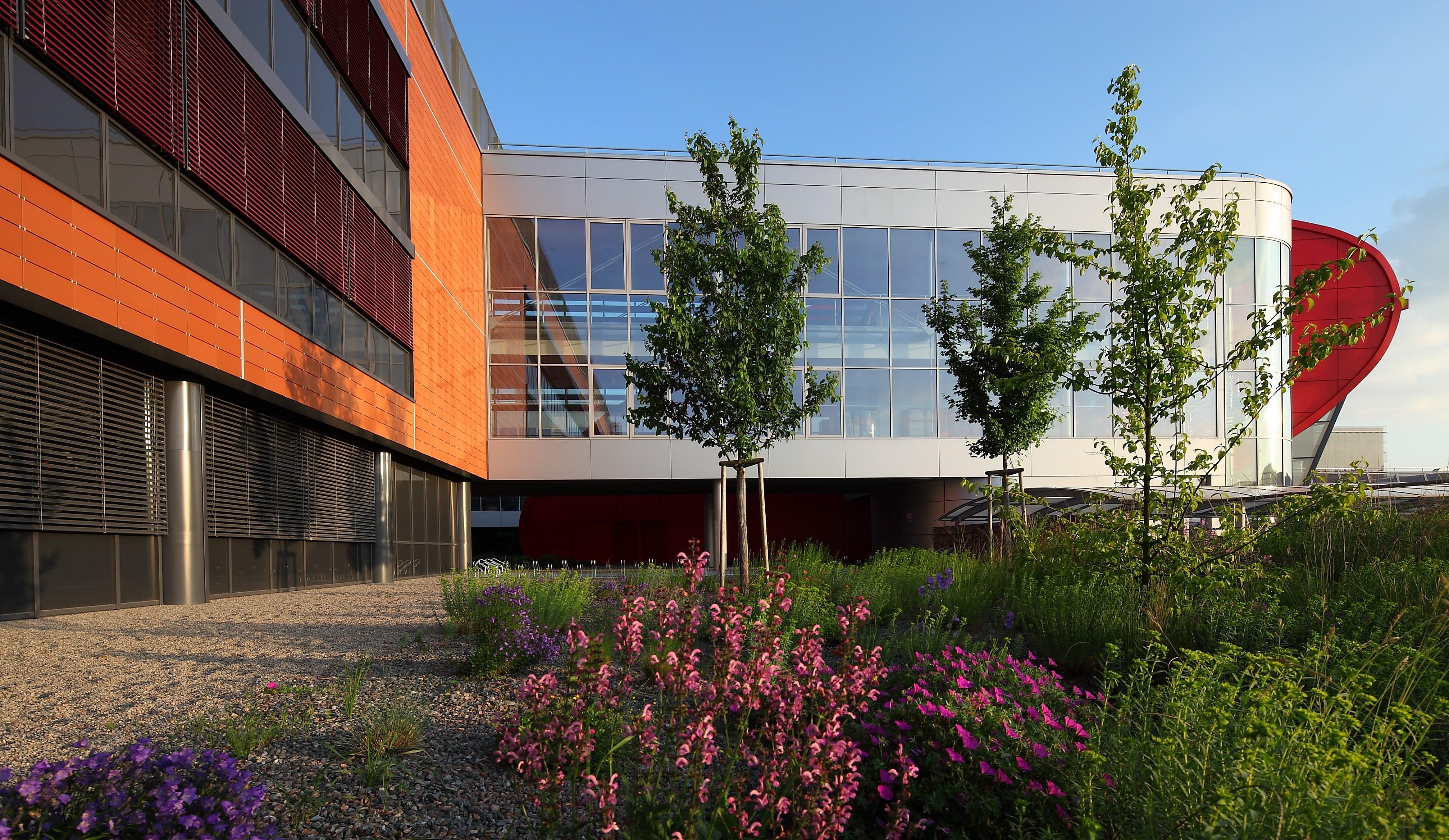 Budova Přírodovědecké fakulty MU v univerzitním kampuse