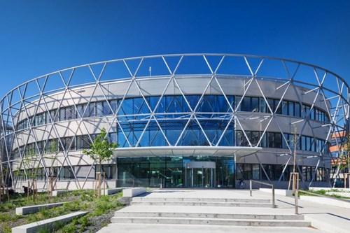 stavba-roku-stredoevropsky-technologicky-institut-1.jpg