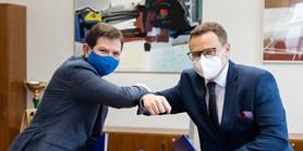 MU a FNUSA-ICRC budou spolupracovat v oblasti vědy a výzkumu