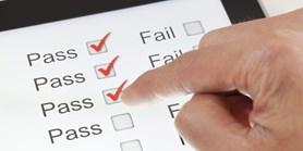 Online zkoušení: Pedagogové vidí řadu nevýhod, ale i pozitiva