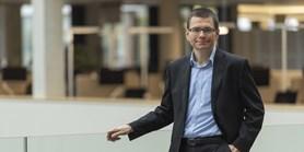 Covid-19 urychlil přechod na online bankovní služby