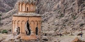 Historici umění zmapují přepisování dějin na Kavkazu