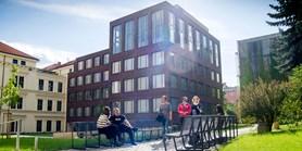 Filozofická fakulta začne semestr v nových budovách