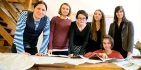 Studenti Muni vyráží na středověkou pouť. Ujdou 1500 kilometrů