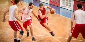 Basketbalista Pumprla: Školu jsem si dal i do smlouvy